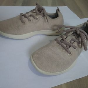 Allbirds Wool Runners Womens Size 7 Pale Pink